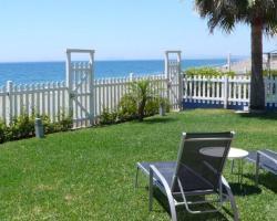 Beachfront townhouse Costa del Sol
