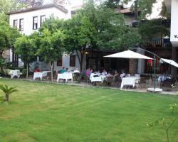 Ninova Hotel