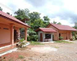 Tha Heua Mai Guesthouse