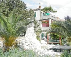 Villa Šoti