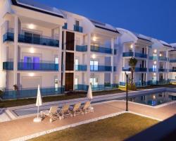 Side Aqua Garden Residence