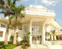 The Falls Hotel