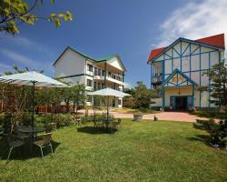 Monet Garden Resort