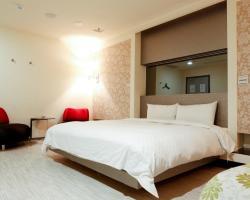 Xinshe Hotel - Zhengyi