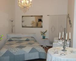 Charming Apartment Varenna