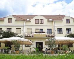 Eisenbock's Strasser Hof