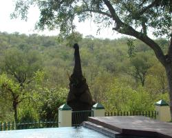 Muweti Bush Lodge