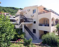 Apartments Raičević