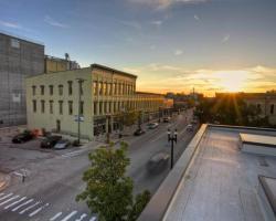 Main Street Inn - Lowell