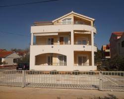 Apartments Zorica