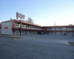 Dauphin Inn Express