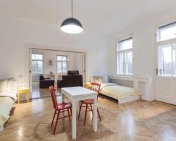 Perfect Days Apartments Karlin