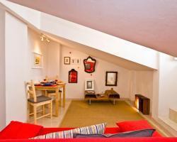 Bairro Alto Apartments