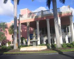 Hotel Roma Golden Glades Resort