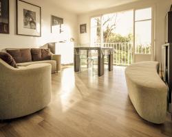 Charming and Modern Beach Apartment