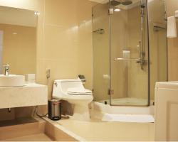 Crown Diamond Hotel - Phu My Hung District 7