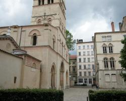 Appartements Ainay Victor Hugo – Riva Lofts & Suites