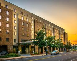 Lafayette Park Hotel and Suites