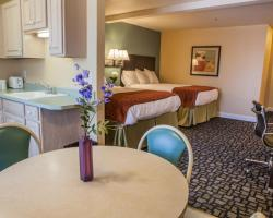 Marinwood Inn & Suites
