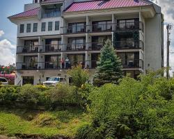 Rivergate Mountain Lodge