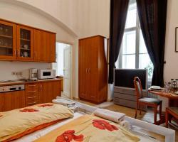 Flatprovider - Cosy Central Apartment