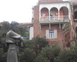 Teo Hostel