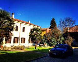 A Villa Esperia Bed and Breakfast