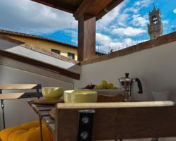 Pontevecchio Halldis Apartments