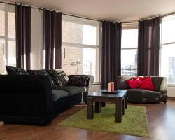 Old City Centre apartments - Damrak building