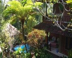 Gusti's Garden 2 Guest House