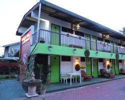 Naruncha Green House