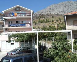 Apartments Mihovil