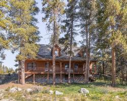 Three-Bedroom Twilight Trail Home