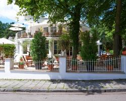 Prinz Myshkin Parkhotel