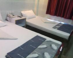 Cosmos Guest House (4/F)