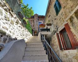 Apartments Historic Stone House
