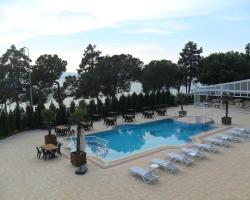 Grand Nicea Hotel