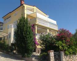 Villa Manja Apartments and Rooms