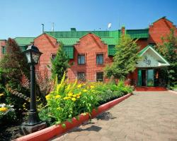 Aleksandrovsky Dvor Hotel