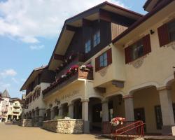 Sun Peaks Lodge