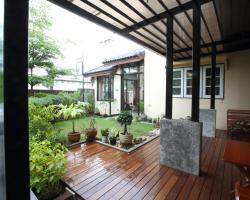 Mon Lodge & Yoga Donmueang