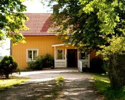 Nils Tolsgårdens Vandrarhem