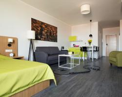 Shnelli Apartments