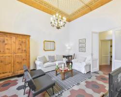 Porta Rossa Suite Halldis Apartment