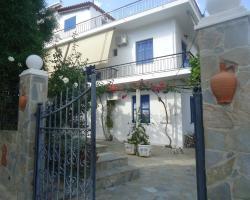 Villa Popi