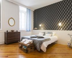Downtown Vintage Deluxe Apartment | RentExperience.