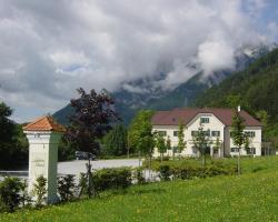 Schloss Gasthof Grimmingblick