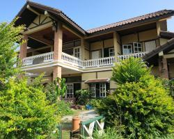 The Hillside Residence