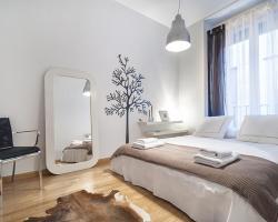 Friendly Rentals Apartamentos Palacio Real