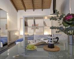 Giambellino Halldis Apartments